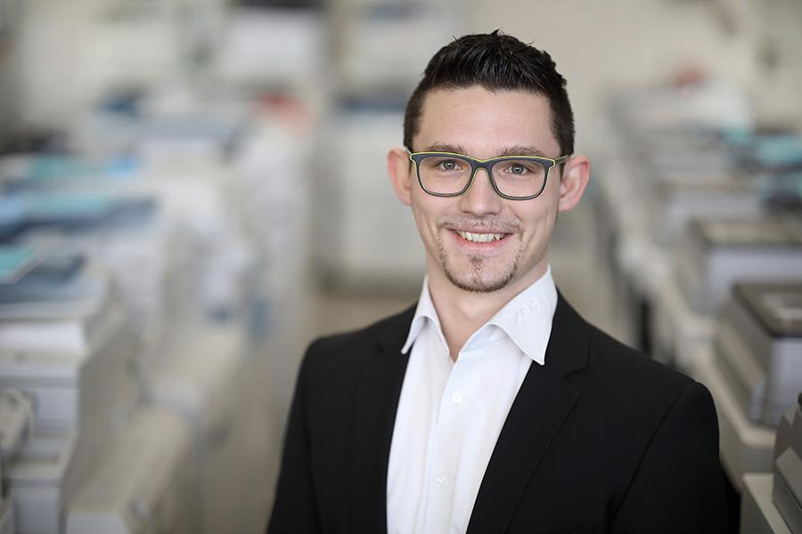 ZDS Bürosysteme Vertrieb und Service GmbH: Florian Mayer